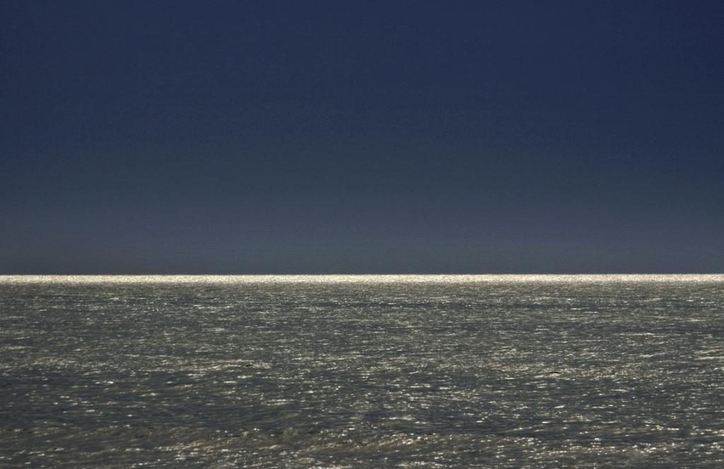 ©2010susankrvitz.sea-sky.whitehorizon
